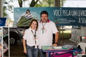 A coordenadora de relações externas da Heineken Brasil, Nadja Marques, com o idealizador do Pegaí, Idomar Augusto Cerutti